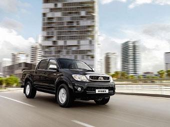 Компания Toyota объявила российские цены на пикап Hilux
