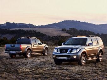 Компания Nissan представила обновленные версии Pathfinder и Navara