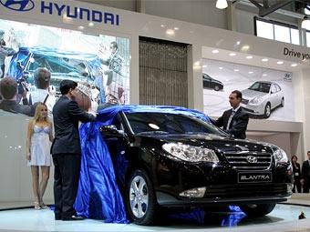 Hyundai представила новую версию Elantra