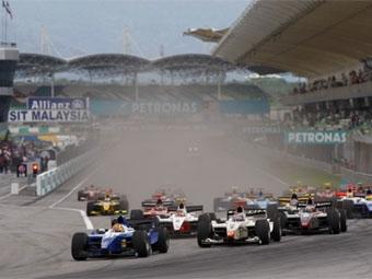 Победителем первой гонки GP2 Asia в Малайзии стал Диего Нуньес