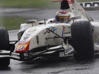 Команда Виталия Петрова в GP2 сменила название