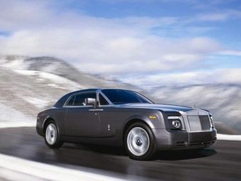 Rolls-Royce официально представил купе Phantom