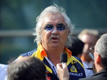 Флавио Бриаторе жестко раскритиковал своего гонщика