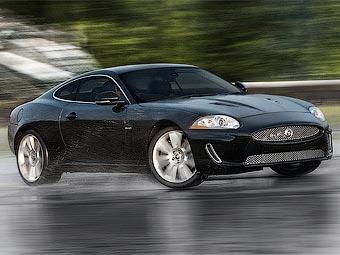 Обновленный Jaguar XKR представят в Детройте