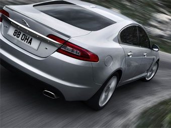 Компания Jaguar показала самую мощную дизельную версию седана XF