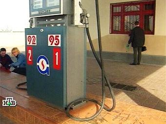 ФАС возбудит дела против всех продавцов бензина в России