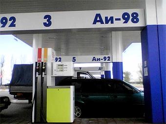 Цены на бензин в России снизились за неделю на 1,2 процента