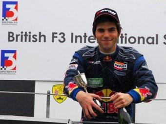 """Чемпион британской """"Формулы-3"""" выступит в """"Мировой Серии Renault"""""""