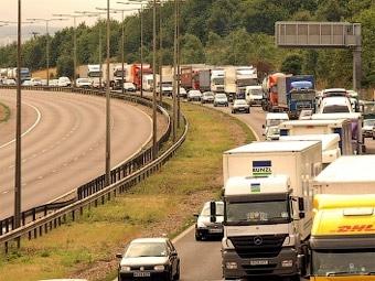 Правительство Великобритании решило следить за всеми автомобилями