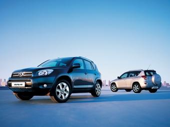 Toyota отзывает в России более 22 тысяч автомобилей RAV4