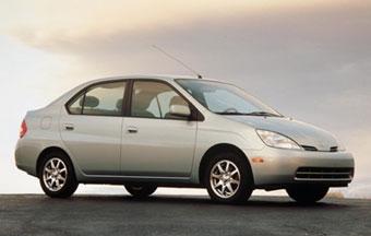 Toyota отзывает гибридные автомобили Prius первого поколения