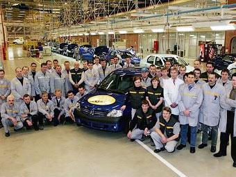 """В мае """"Автофрамос"""" недовыпустит 1680 автомобилей Renault Logan"""
