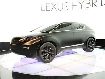 Следующий Lexus RX будет похож на парижский концепт-кар LF-Xh
