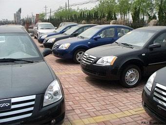 Из-за России экспорт китайских автомобилей снизился в два раза