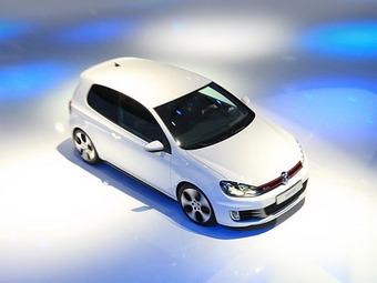 Новый VW Golf GTI придется ждать до следующей весны