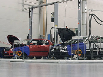 Российские автопроизводители пострадают от кризиса меньше иностранных
