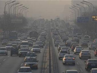Ограничение дорожного движения в Пекине продлили еще на год