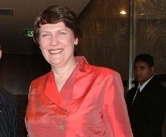 Кортеж новозеландского премьер-министра оштрафуют за превышение скорости