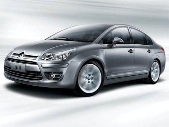 Citroen обновил для китайцев седан C4