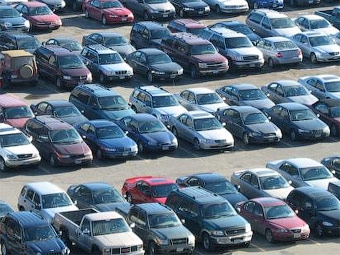 В марте спад продаж автомобилей в Европе замедлился
