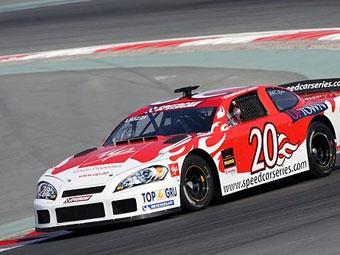 Витантонио Льюцци выиграл первую гонку второго сезона Speedcar Series