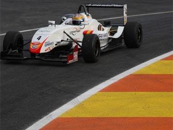 """Чемпион испанской """"Формулы-3"""" перешел в """"Формулу-2"""""""