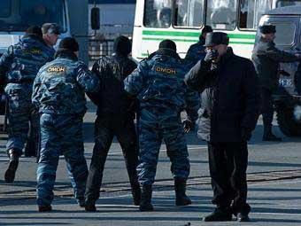 Шестерых участников акций протеста во Владивостоке взяли под арест на шесть суток