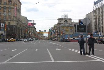 Из-за праздников 16, 23 и 30 апреля в Москве ограничат движение автотранспорта
