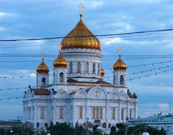 Движение в Москве перекрыто в связи с пасхальными праздниками