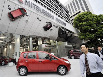 Убытки Mitsubishi Motors составили полмиллиарда долларов за год
