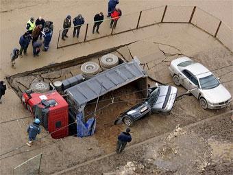 Чиновники назвали новую причину провала грунта в Бутово