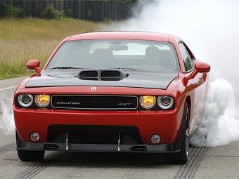 Компания Dodge подготовила версию Challenger с мотором от Viper SRT-10