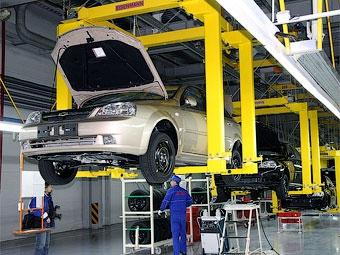 Во время каникул российские заводы недовыпустят 50 тысяч автомобилей