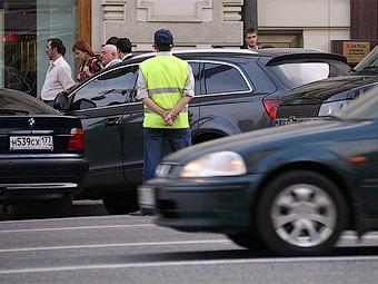 Мэрия Москвы решила распустить службу платных парковок