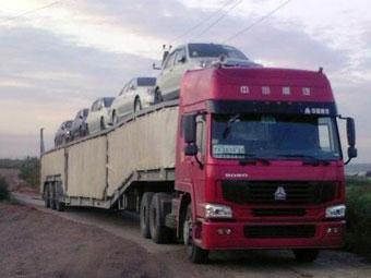 """В первый день действия новых пошлин в Россию """"частники"""" ввезли всего два автомобиля"""
