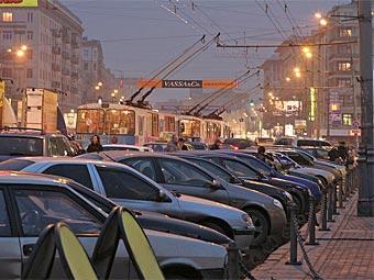 """Для посетителей """"Коломенского"""" построят восемь автостоянок"""