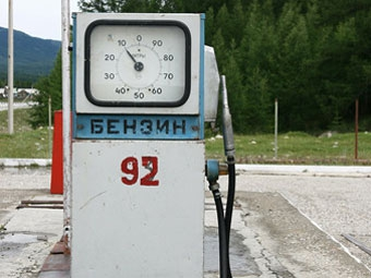 В январе 92-й бензин подешевеет до 16-17 рублей