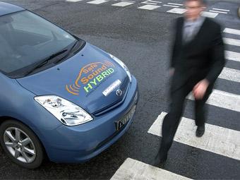 Компания Lotus научила электромобили шуметь