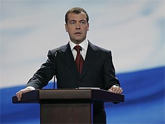 Медведев пообещал российскому автопрому государственную поддержку