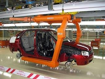 """""""АвтоВАЗ"""" увеличил производство автомобилей в 2008 году на 8,9 процента"""