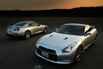"Nissan GT-R разгонится ""до сотни"" за 3,5 секунды"