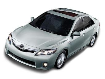 В Детройте дебютировал обновленный седан Toyota Camry
