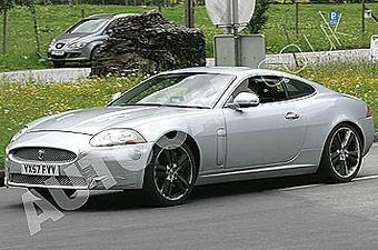 Jaguar испытывает обновленный XKR