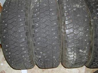 В Москве запретят использовать шипованные шины летом