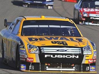 Чемпион NASCAR сменил руководителя гоночной бригады