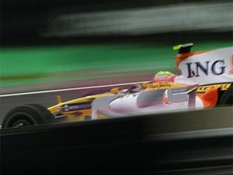 Команда Renault перенесла дату презентации своего нового болида