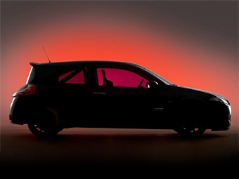 Трековый Renault Megane R26 покажут в Лондоне