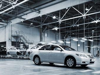 Toyota начинает продажи выпущенных в России машин