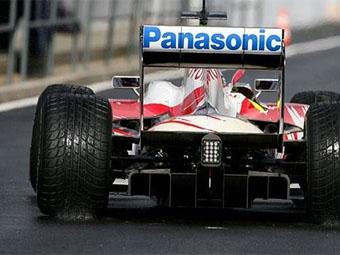 """Команды """"Формулы-1"""" сомневаются в легальности задних диффузоров Williams и Toyota"""