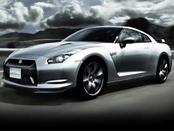 Американцы предлагают сделать Nissan GT-R 700-сильным
